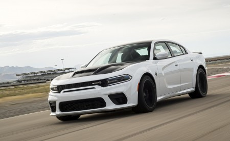 2021 Dodge Charger SRT Hellcat Redeye Front Three-Quarter Wallpapers 450x275 (11)