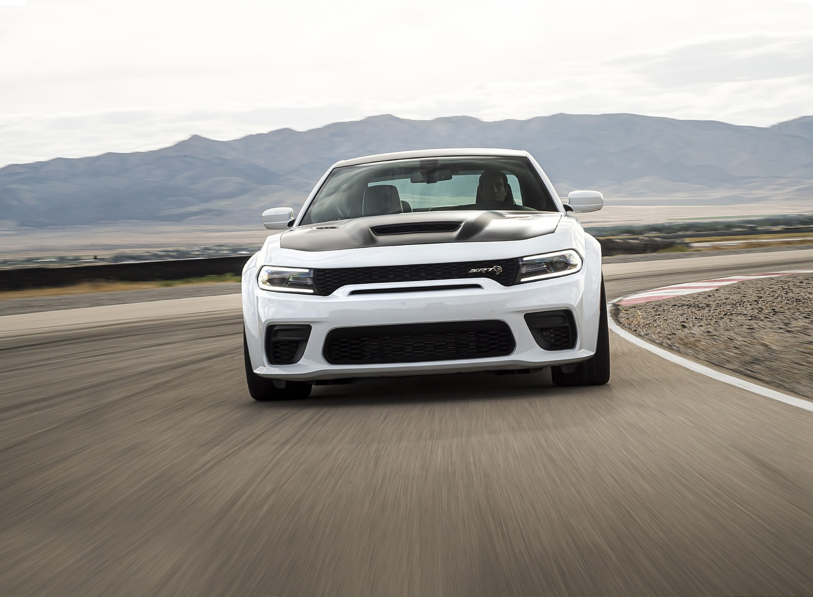 2021 Dodge Charger SRT Hellcat Redeye Front Wallpapers (4)
