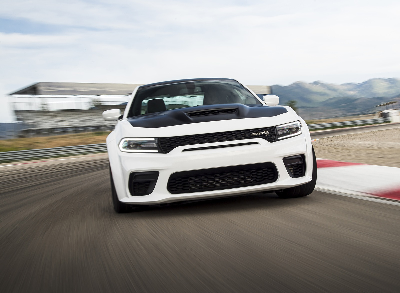 2021 Dodge Charger SRT Hellcat Redeye Front Wallpapers (2)