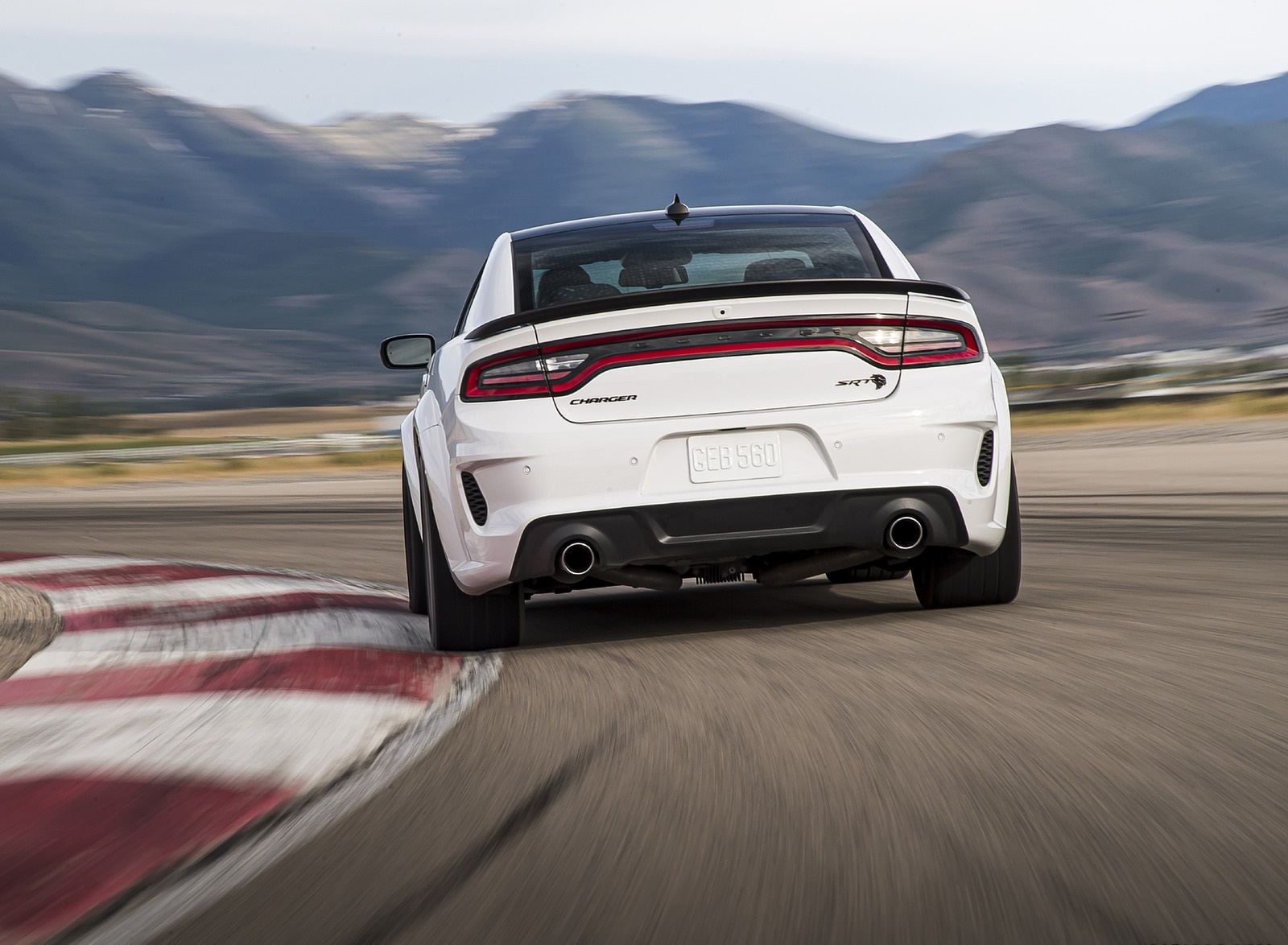 2021 Dodge Charger SRT Hellcat Redeye Rear Wallpapers (8)