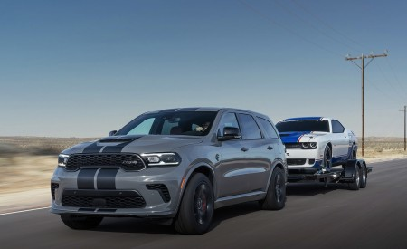 2021 Dodge Durango SRT Hellcat Front Three-Quarter Wallpapers 450x275 (14)