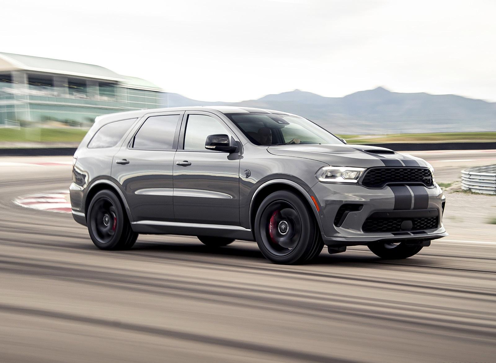 2021 Dodge Durango SRT Hellcat Front Three-Quarter Wallpapers (2)