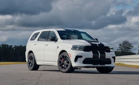2021 Dodge Durango SRT Hellcat Front Three-Quarter Wallpapers 450x275 (42)