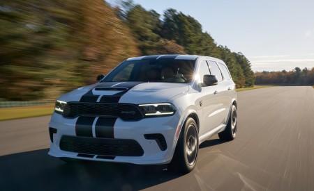 2021 Dodge Durango SRT Hellcat Front Three-Quarter Wallpapers 450x275 (33)