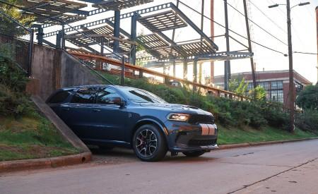 2021 Dodge Durango SRT Hellcat Front Three-Quarter Wallpapers 450x275 (30)