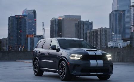 2021 Dodge Durango SRT Hellcat Front Three-Quarter Wallpapers 450x275 (21)