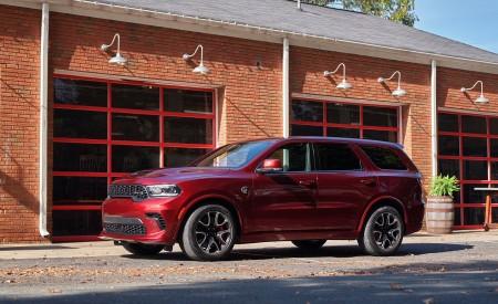 2021 Dodge Durango SRT Hellcat Front Three-Quarter Wallpapers 450x275 (10)