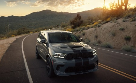 2021 Dodge Durango SRT Hellcat Front Wallpapers 450x275 (18)
