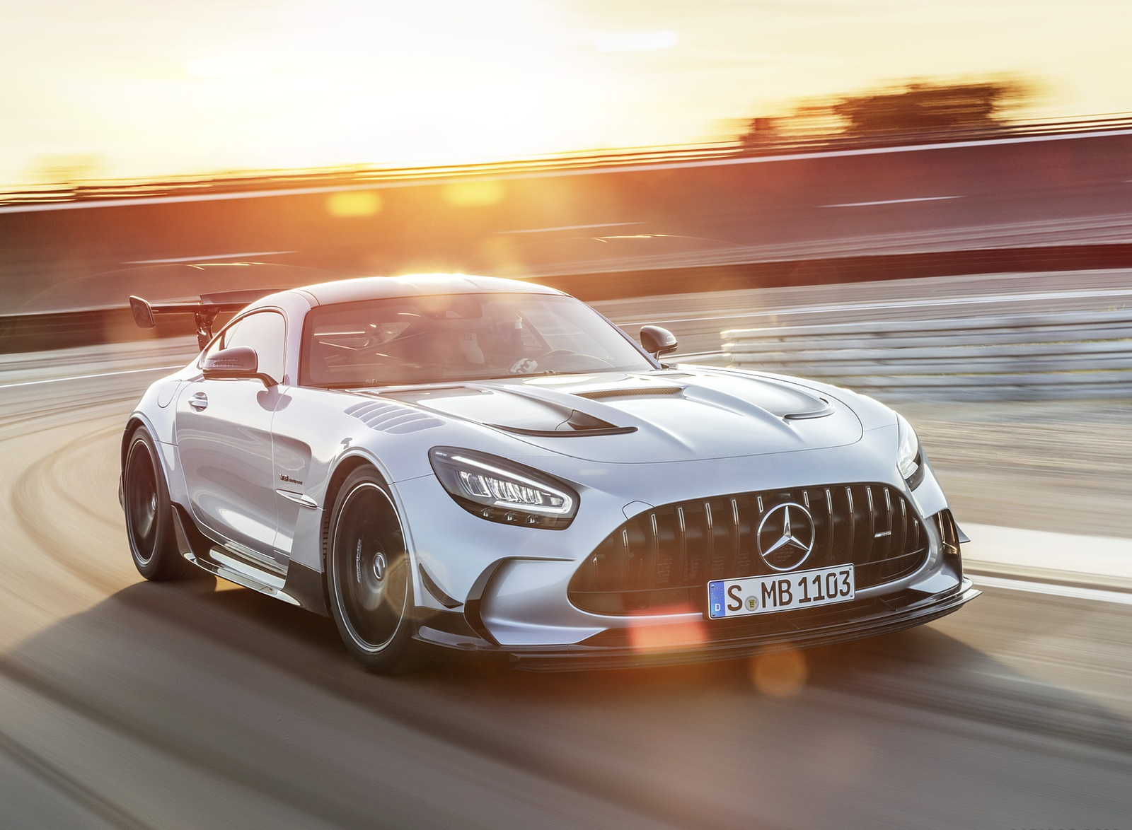 2021 Mercedes-AMG GT Black Series (Color: High Tech Silver) Front Three-Quarter Wallpapers (3)