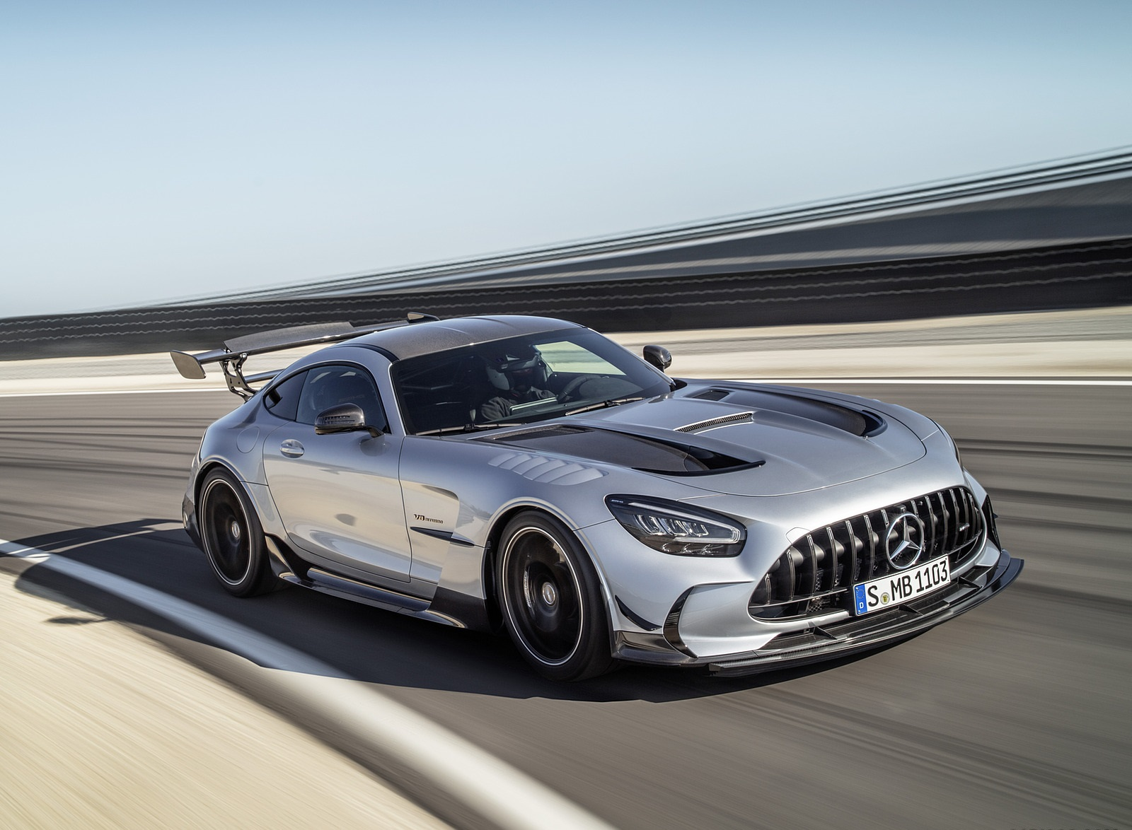 2021 Mercedes-AMG GT Black Series (Color: High Tech Silver) Front Three-Quarter Wallpapers (6)