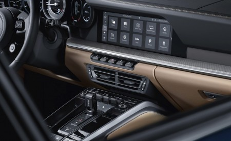 2021 Porsche 911 Turbo Central Console Wallpapers 450x275 (9)