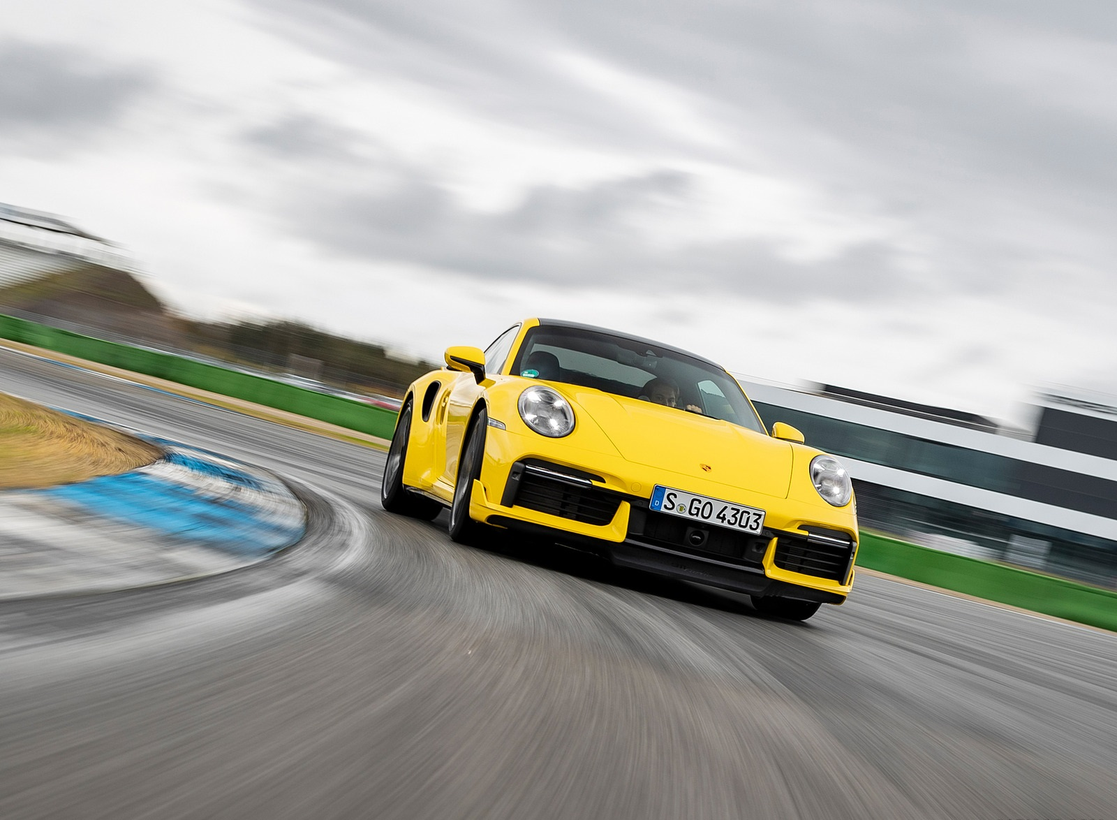 2021 Porsche 911 Turbo (Color: Racing Yellow) Front Wallpapers  (4)