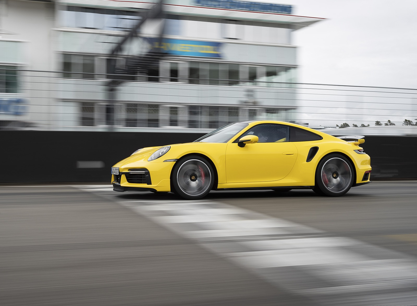 2021 Porsche 911 Turbo (Color: Racing Yellow) Side Wallpapers  (10)