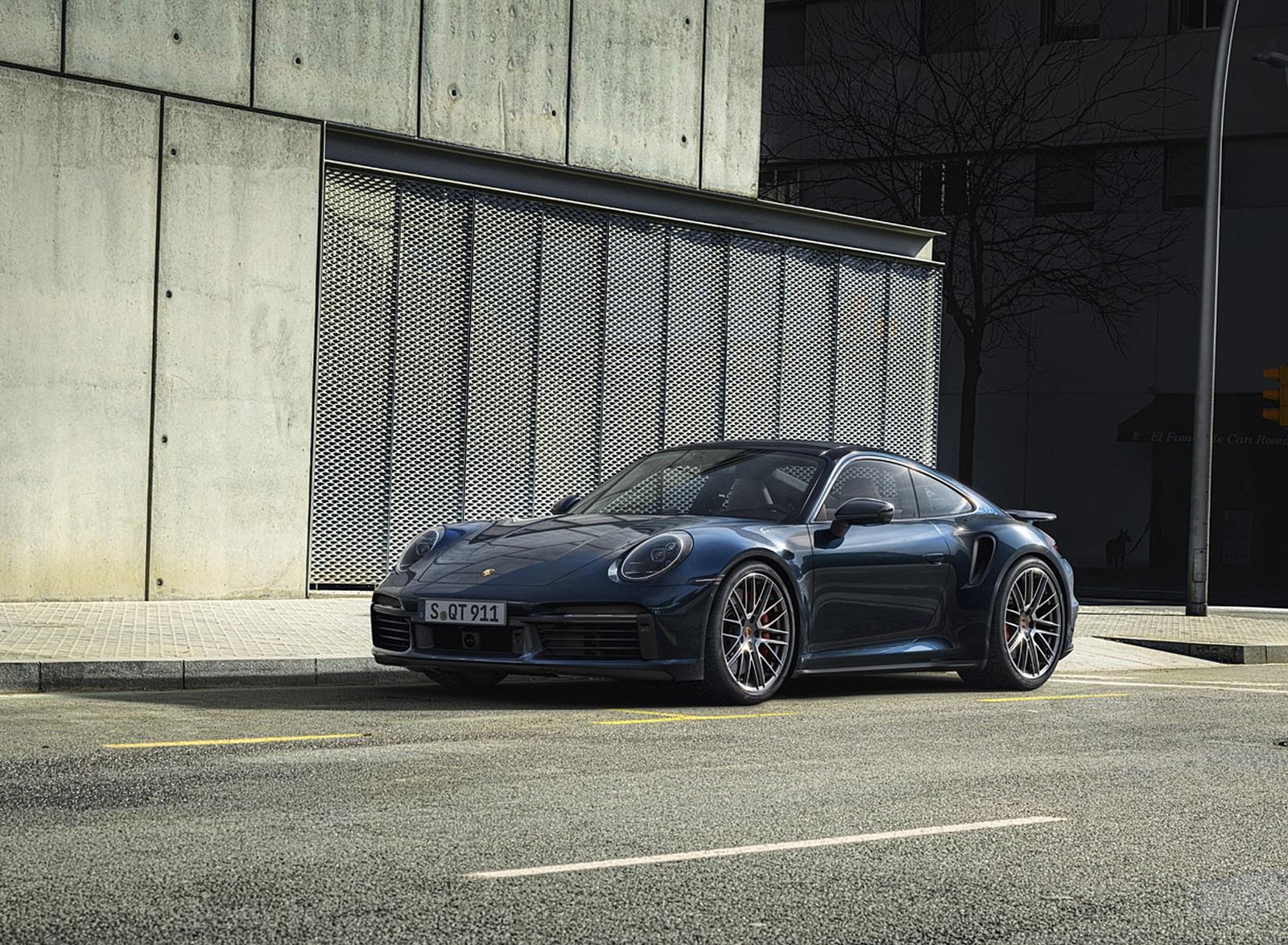 2021 Porsche 911 Turbo Front Three-Quarter Wallpapers (10)