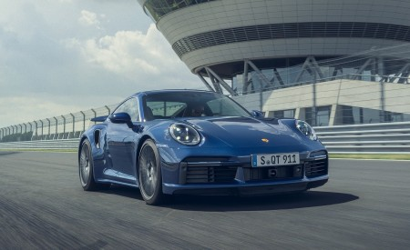 2021 Porsche 911 Turbo Front Three-Quarter Wallpapers 450x275 (3)