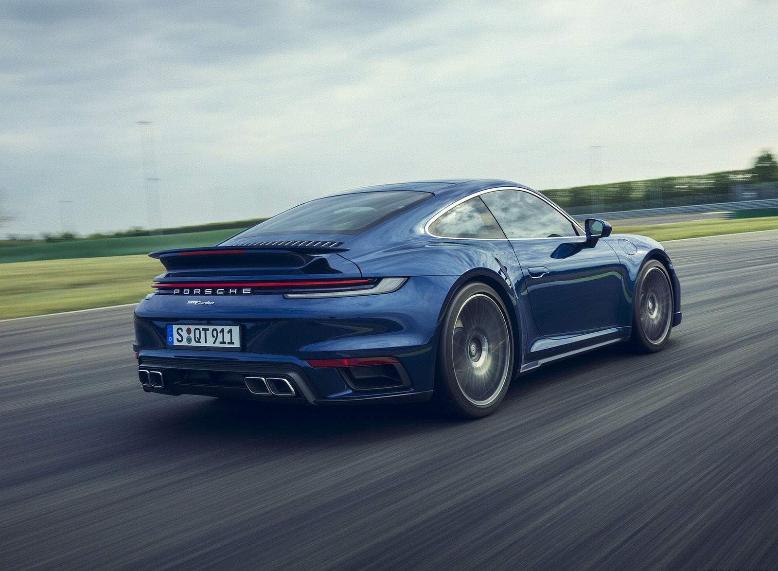 2021 Porsche 911 Turbo Rear Three-Quarter Wallpapers (6)