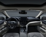 2021 Toyota Camry XLE Interior Cockpit Wallpapers 150x120 (10)