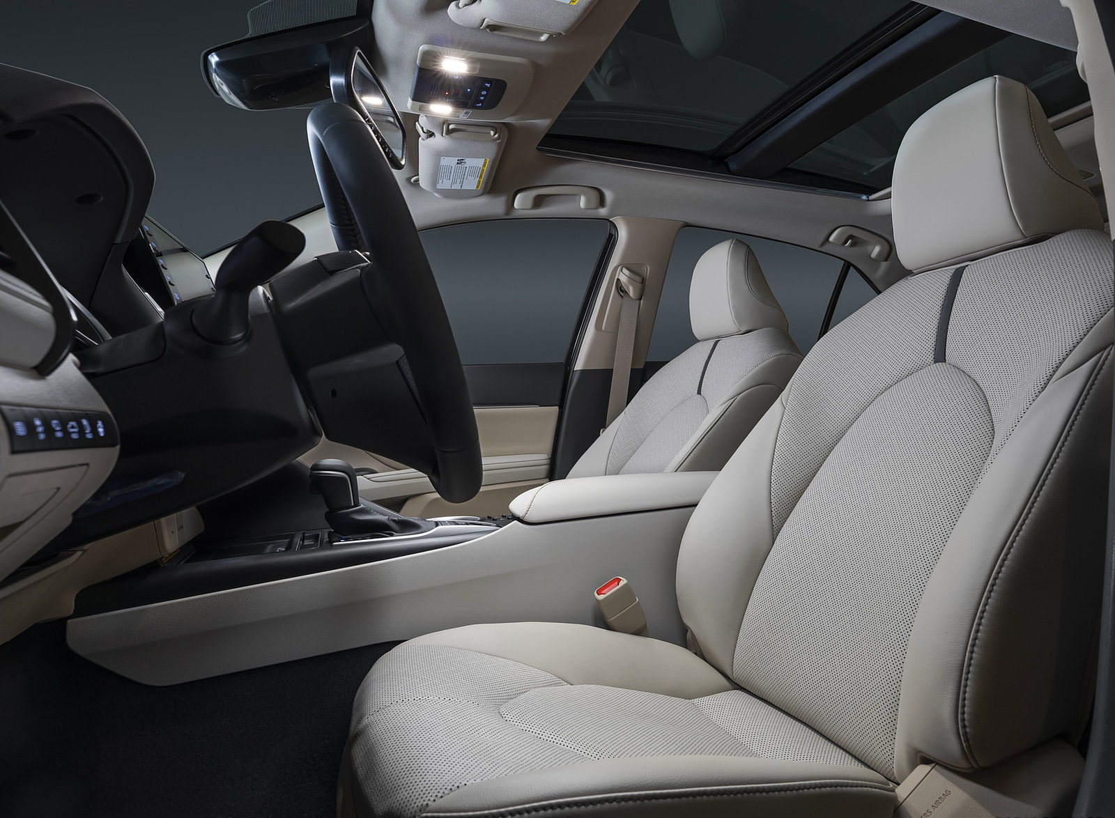 2021 Toyota Camry XLE Interior Seats Wallpapers (8)