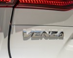 2021 Toyota Venza Hybrid XLE Badge Wallpapers 150x120 (20)