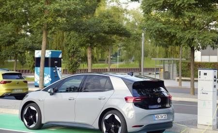 2021 Volkswagen ID.3 1st Edition Charging Wallpapers 450x275 (139)