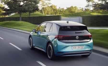 2021 Volkswagen ID.3 1st Edition Rear Three-Quarter Wallpapers 450x275 (123)