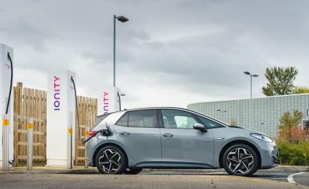 2021 Volkswagen ID.3 1st Edition (UK-Spec) Charging Wallpapers  450x275 (28)