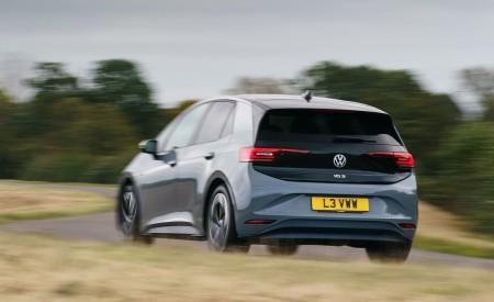 2021 Volkswagen ID.3 1st Edition (UK-Spec) Rear Three-Quarter Wallpapers 450x275 (17)