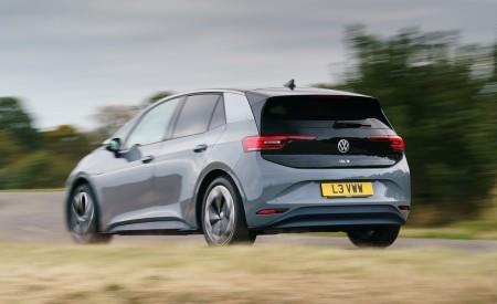 2021 Volkswagen ID.3 1st Edition (UK-Spec) Rear Three-Quarter Wallpapers 450x275 (18)