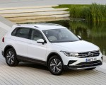 2021 Volkswagen Tiguan Plug-In Hybrid Front Three-Quarter Wallpapers 150x120 (7)