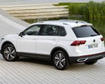2021 Volkswagen Tiguan Plug-In Hybrid Rear Three-Quarter Wallpapers 150x120 (9)