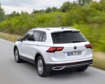 2021 Volkswagen Tiguan Plug-In Hybrid Rear Three-Quarter Wallpapers 150x120 (3)