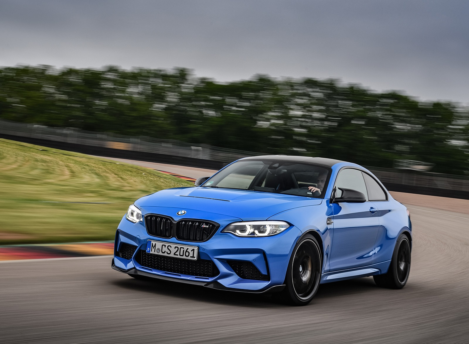 2020 BMW M2 CS Coupe Front Three-Quarter Wallpapers  (4)