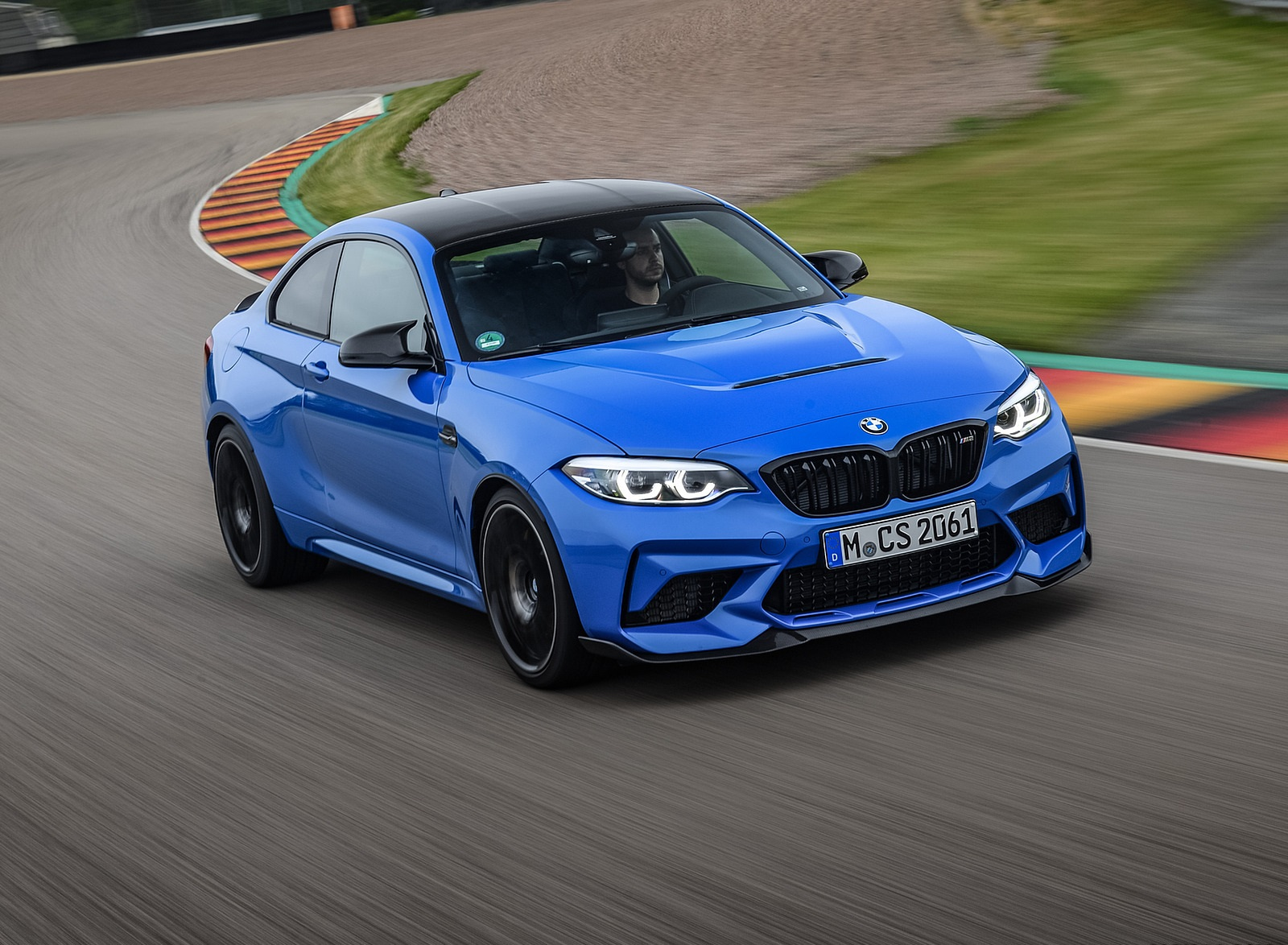 2020 BMW M2 CS Coupe Front Three-Quarter Wallpapers  (8)
