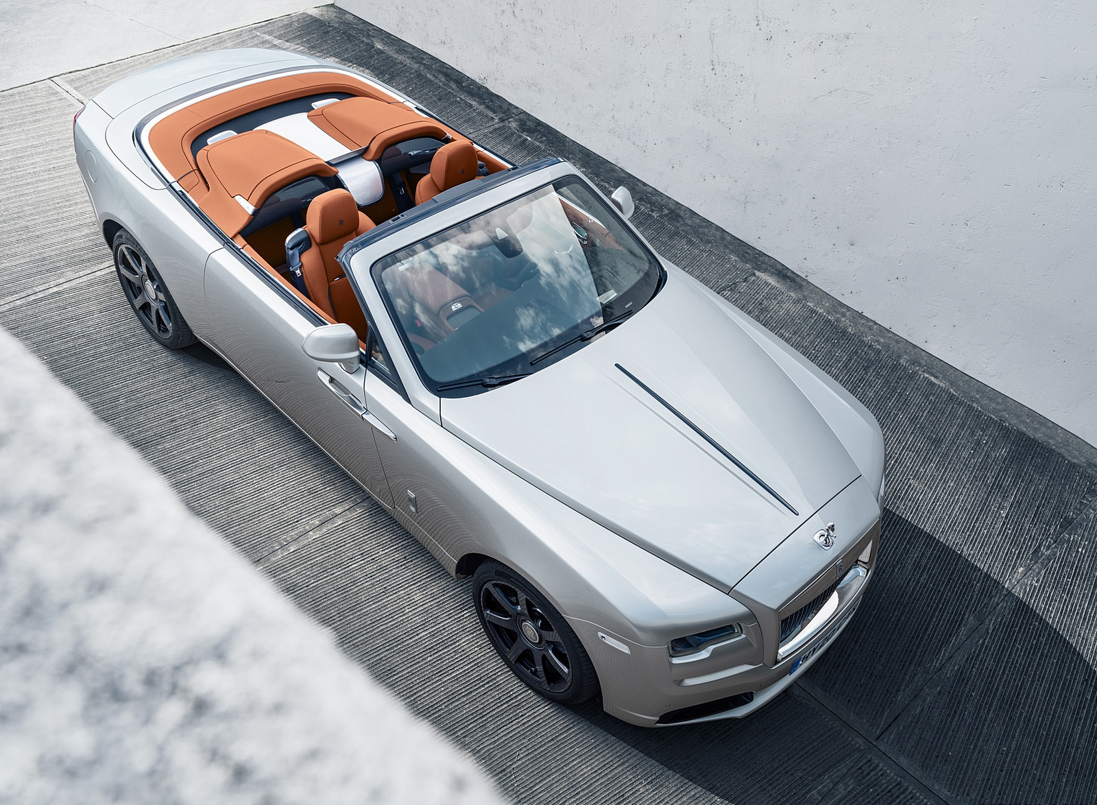 2020 Rolls-Royce Dawn Silver Bullet Front Three-Quarter Wallpapers (8)