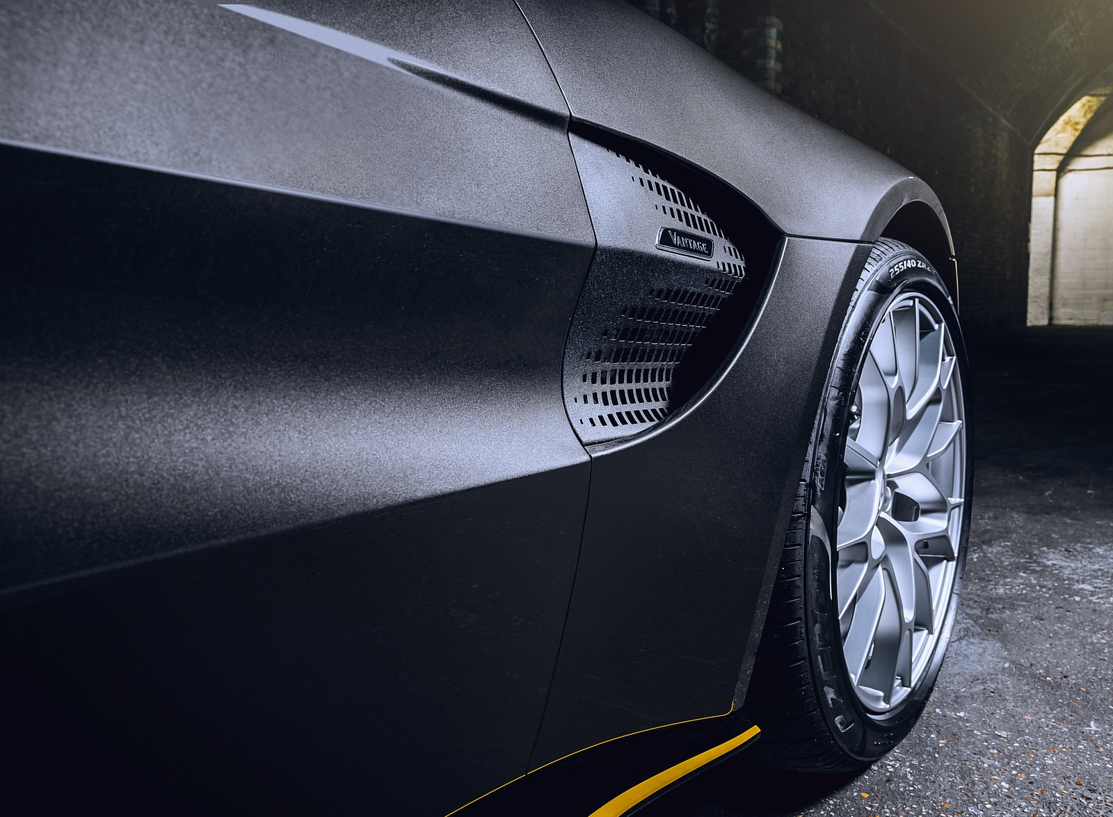 2021 Aston Martin Vantage 007 Edition Detail Wallpapers (10)