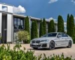 2021 BMW 545e xDrive Front Three-Quarter Wallpapers 150x120 (49)