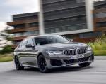 2021 BMW 545e xDrive Front Three-Quarter Wallpapers  150x120 (25)