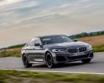 2021 BMW 545e xDrive Front Three-Quarter Wallpapers  150x120 (12)