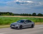 2021 BMW 545e xDrive Front Three-Quarter Wallpapers  150x120 (27)