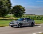 2021 BMW 545e xDrive Front Three-Quarter Wallpapers  150x120 (16)