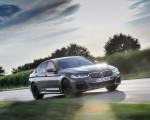 2021 BMW 545e xDrive Front Three-Quarter Wallpapers  150x120 (17)