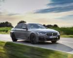 2021 BMW 545e xDrive Front Three-Quarter Wallpapers  150x120 (18)