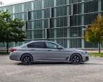 2021 BMW 545e xDrive Side Wallpapers 150x120 (48)