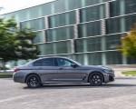 2021 BMW 545e xDrive Side Wallpapers 150x120 (40)