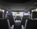 2021 Chevrolet Suburban Z71 Interior Wallpapers 150x120 (20)
