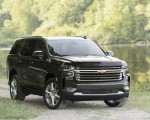 2021 Chevrolet Tahoe High Country Front Three-Quarter Wallpapers 150x120 (7)