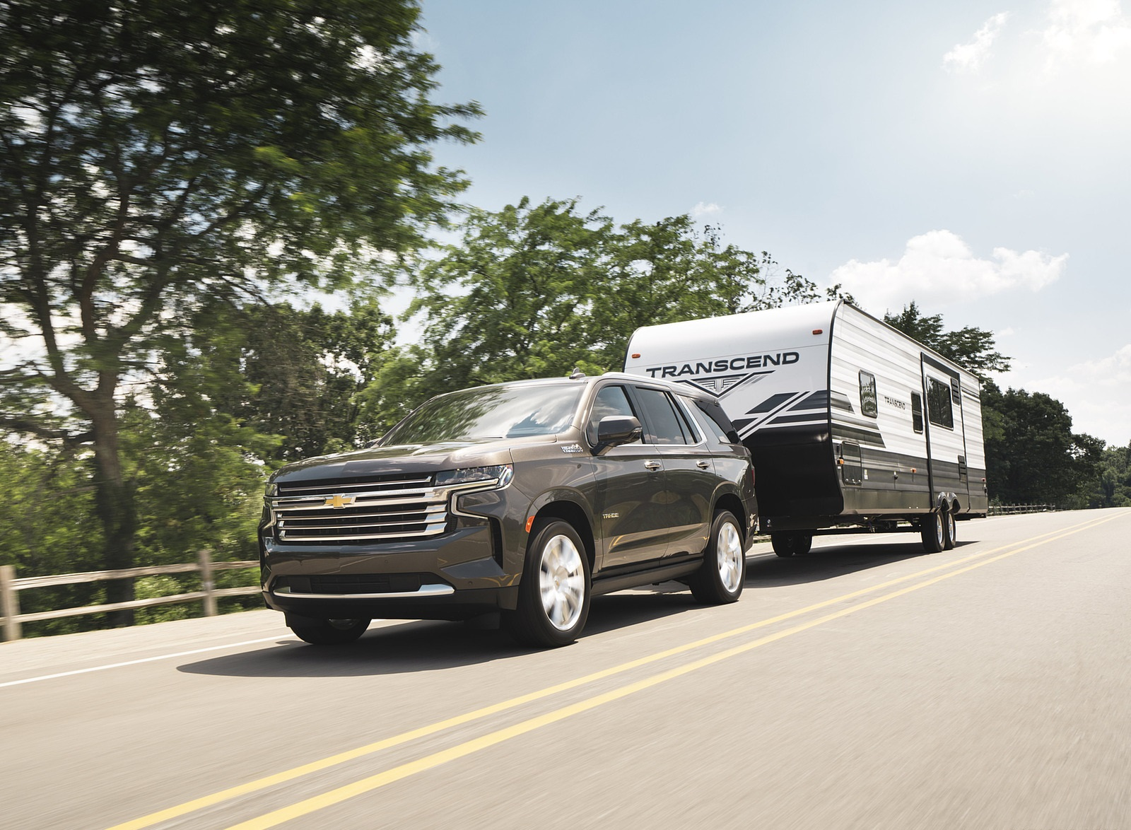 2021 Chevrolet Tahoe High Country Front Three-Quarter Wallpapers (1)