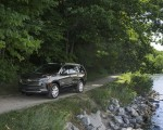 2021 Chevrolet Tahoe High Country Front Three-Quarter Wallpapers 150x120 (8)