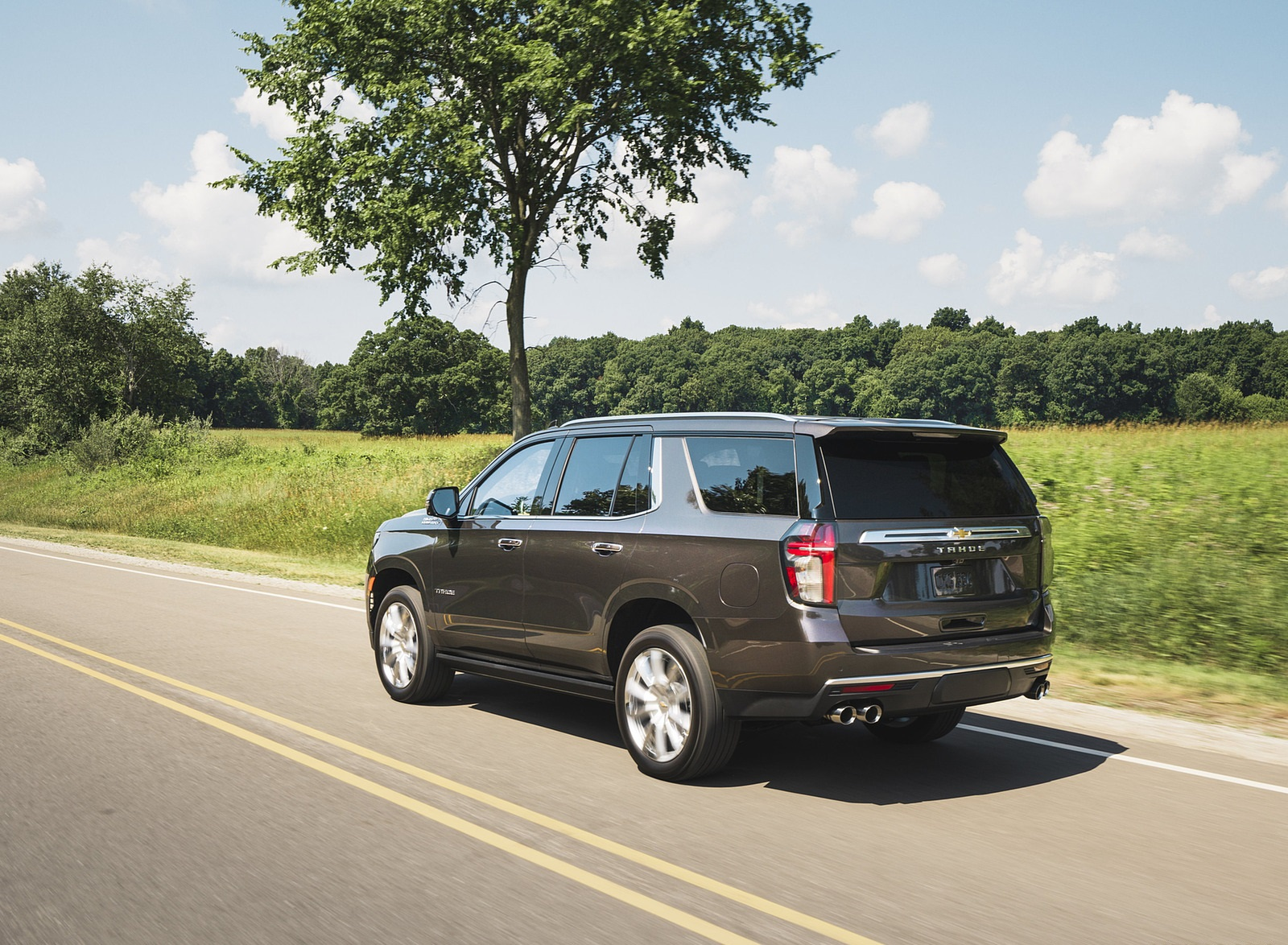 2021 Chevrolet Tahoe High Country Rear Three-Quarter Wallpapers (6)