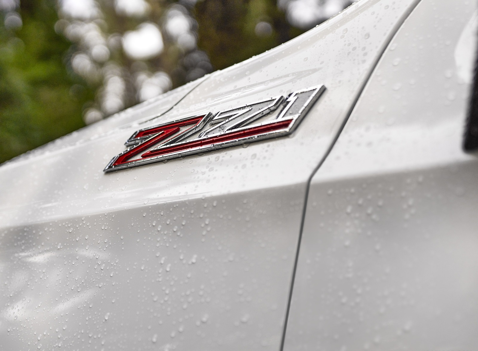 2021 Chevrolet Tahoe Z71 Badge Wallpapers (4)